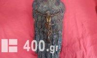 Επιτοίχιο κρεμαστό με μπρούτζινο άγαλμα του Χριστού πάνω σε ξύλο πεύκου.